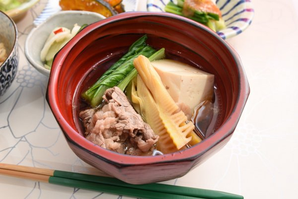 牛肉と豆腐のお吸い物