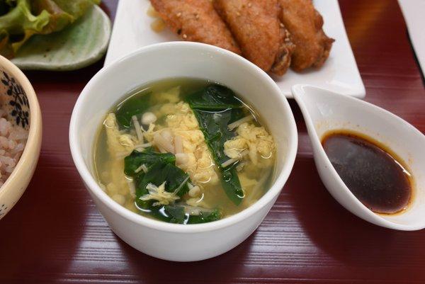 ほうれん草とたまごのスープ