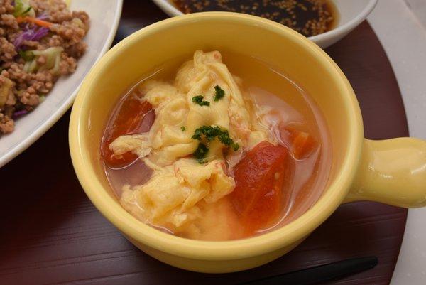 完熟トマトのたまごスープ