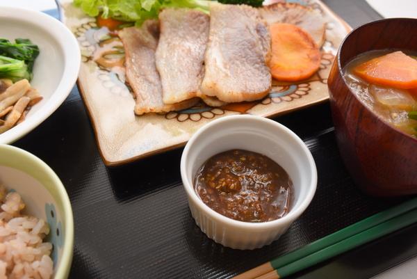 塩豚ベーコンのタレ