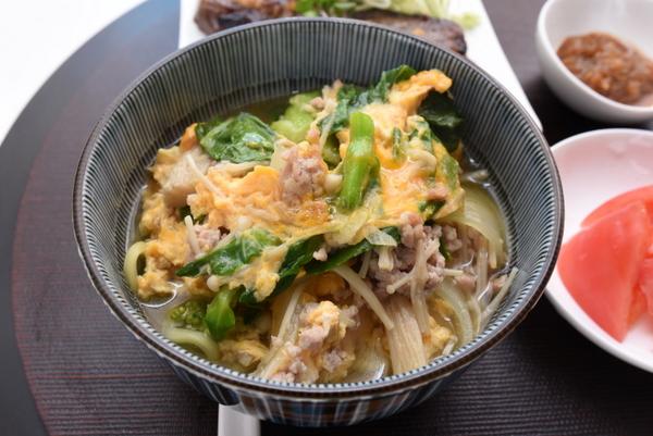 鶏肉と菜の花のラーメン