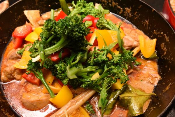 野菜たっぷりタイカレー